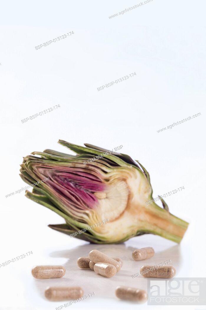 Stock Photo: Artichoke leaf extract capsules.