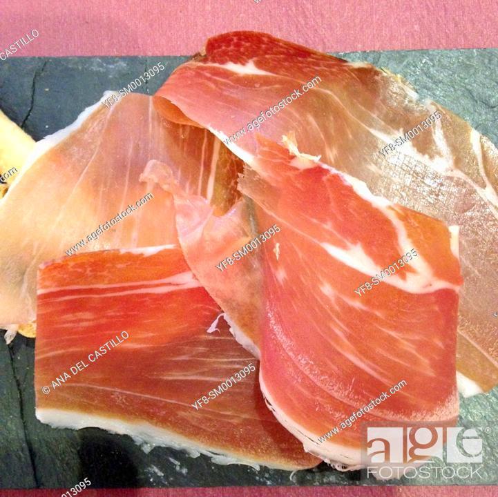 Imagen: Slices of Serrano jam on bread Spain.