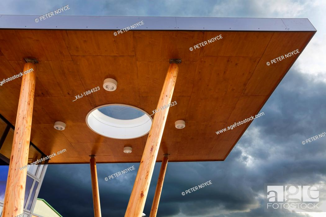 Stock Photo: modern architecture canopy forming the entrance to Mountjoy School, Beaminister.