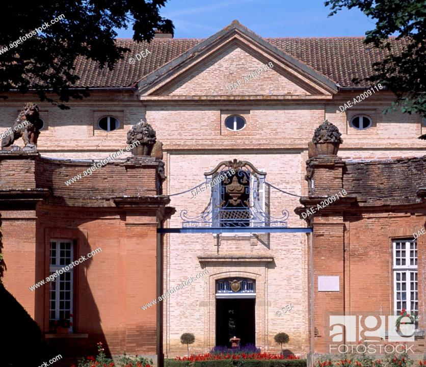 Stock Photo: Facade of Chateau Latour, Midi-Pyrenees. Detail. France.