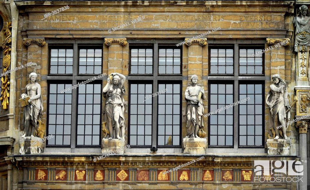 Stock Photo: Skupturen at Maison Chêne, guild house, Grote Markt, Grand Place, UNESCO World Heritage Site, Brussels, Brussels Region, Belgium.