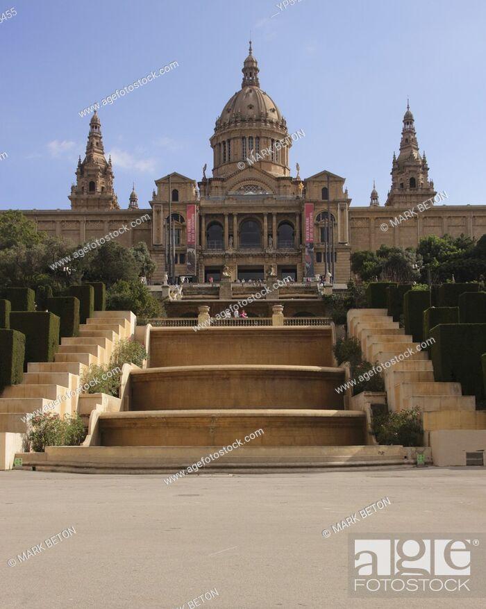 Stock Photo: Palau Nacional art museum, Barcelona, Spain.