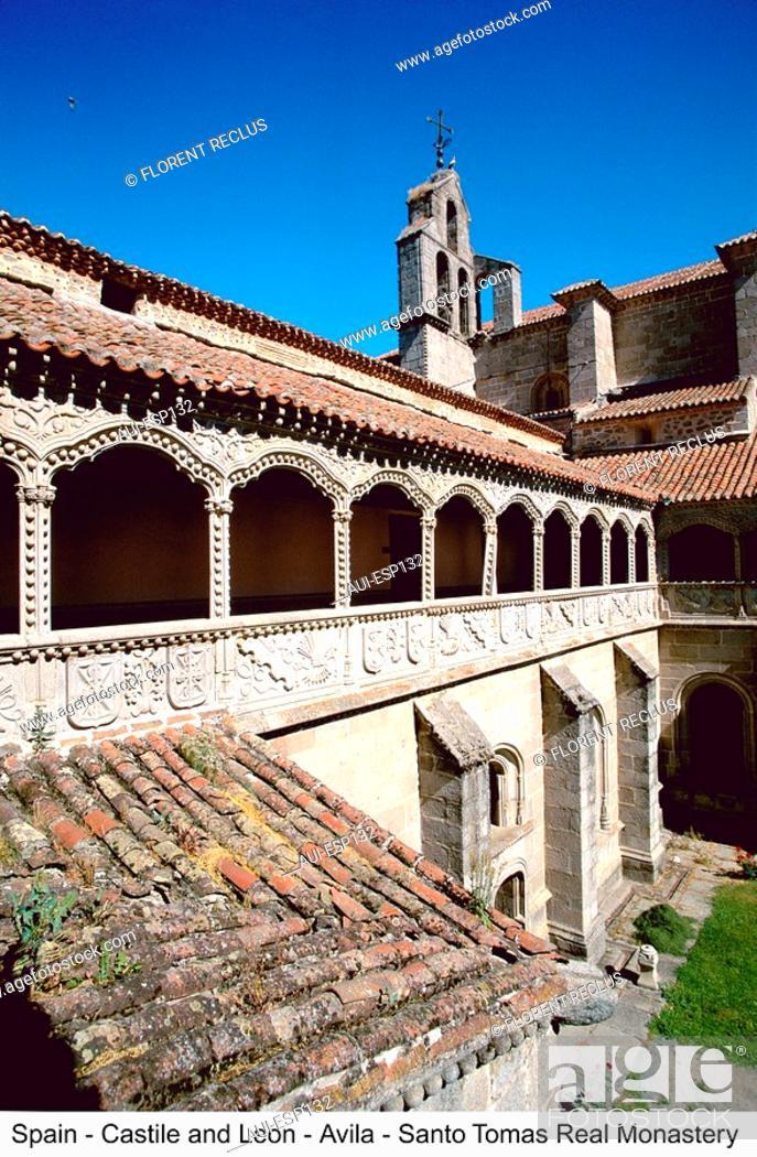Stock Photo: Spain - Castilla - Avila Real - Monasterio Santo Tomas.