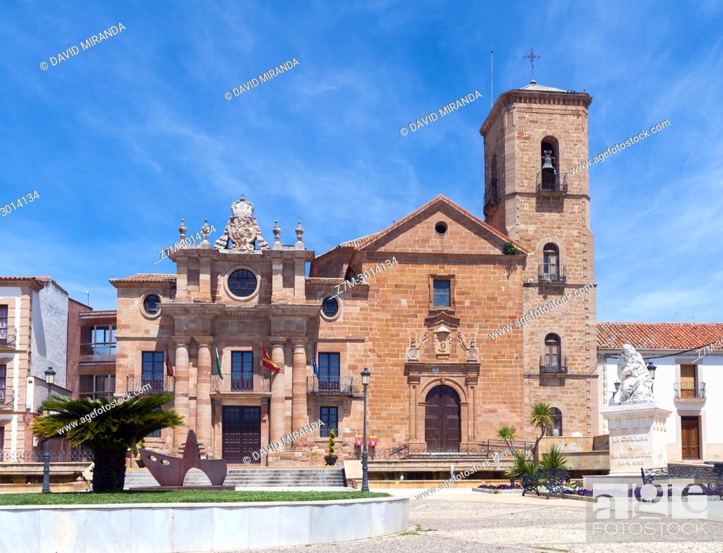 Imagen: Palacio del Intendente e Iglesia de la Inmaculada Concepción. La Carolina. Jaén. Andalusia. Spain.
