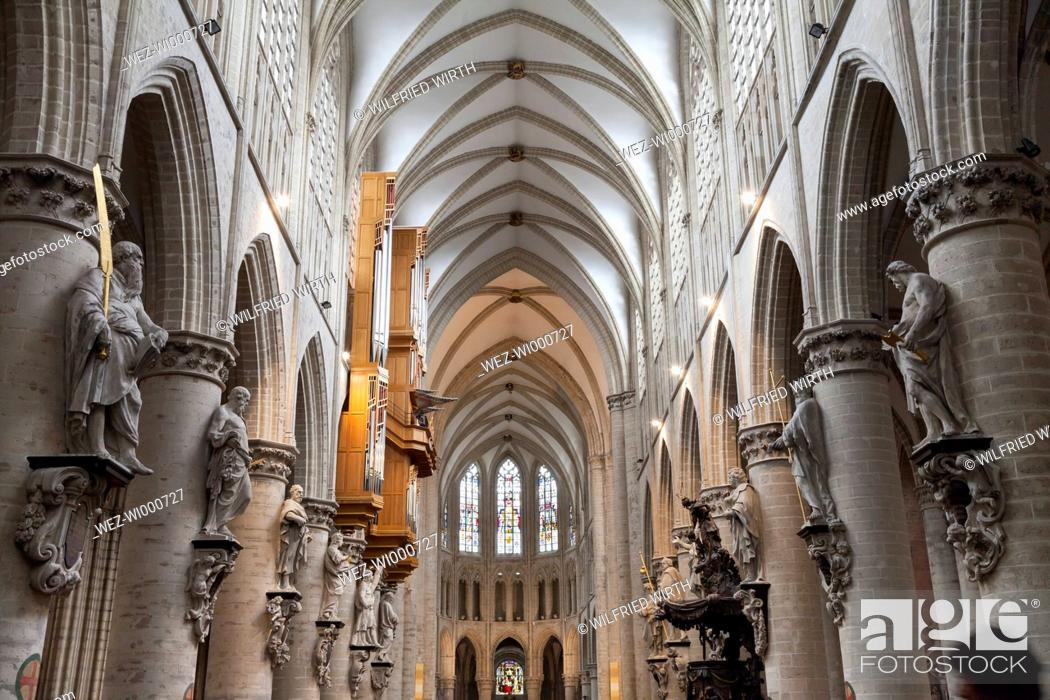 Photo de stock: Belgium, Brussels, aisle of Cathedral of St Michael and St Gudula.