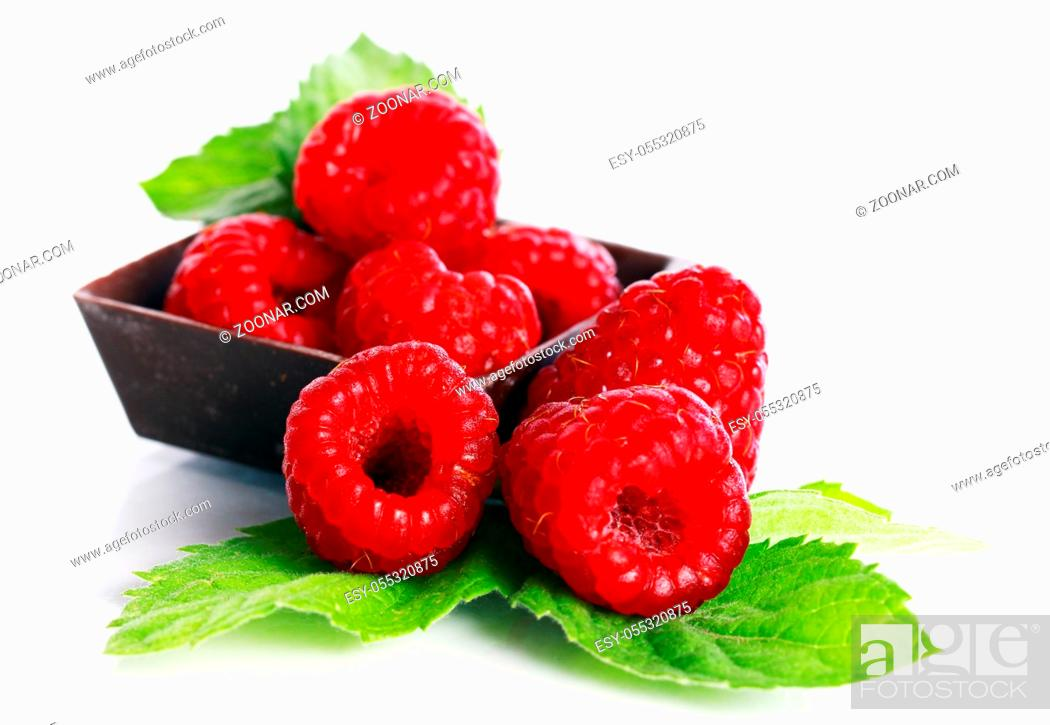 Stock Photo: Macro of fresh and tasty raspberry.