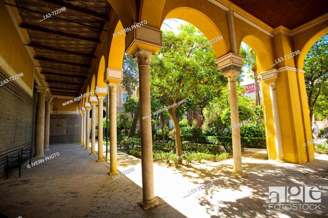 Stock Photo: Gardens of Casa de Pilatos, Sevilla. Andalucia, Spain.