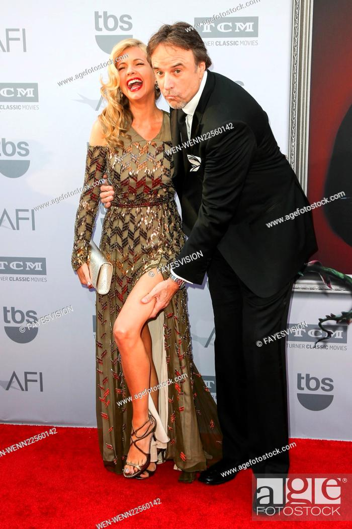 43rd Afi Life Achievement Award Honoring Steve Martin At The Dolby Theatre Featuring Susan Yeagley Stock Photo Picture And Rights Managed Image Pic Wen Wenn22560142 Agefotostock Learn more about susan yeagley. https www agefotostock com age en stock images rights managed wen wenn22560142