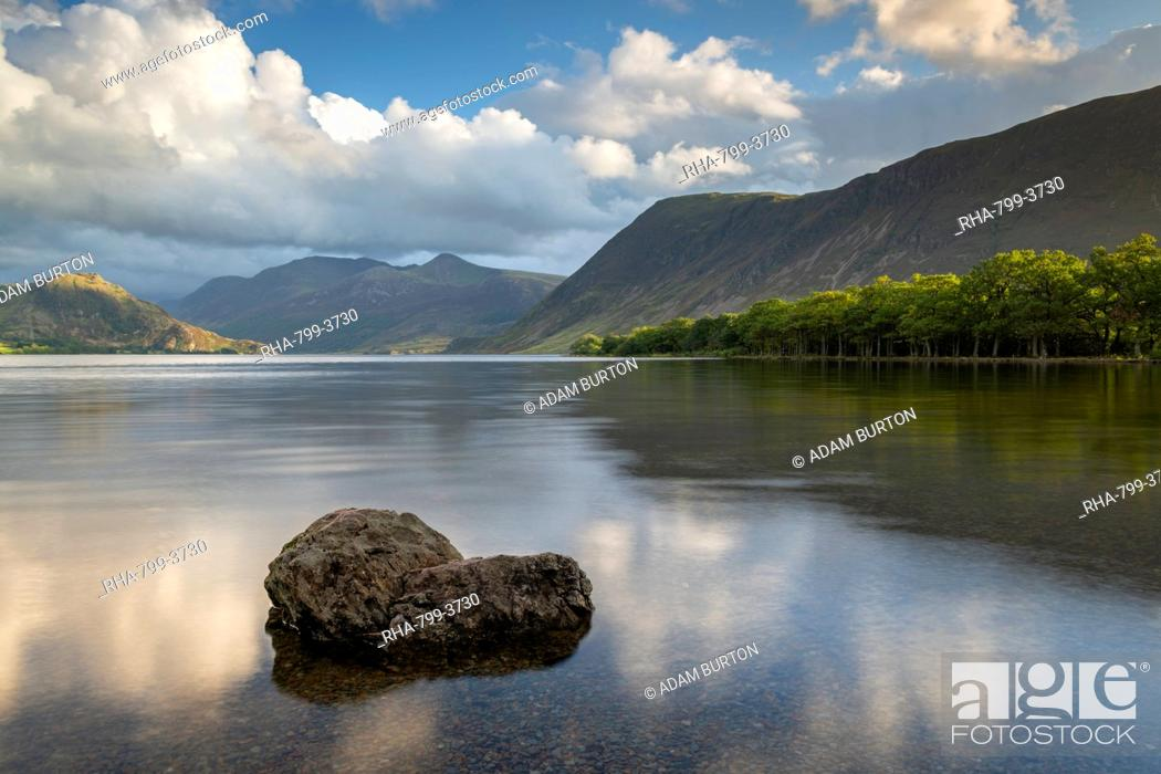 Stock Photo: Crummock Water in the Lake District National Park, UNESCO World Heritage Site, Cumbria, England, United Kingdom, Europe.