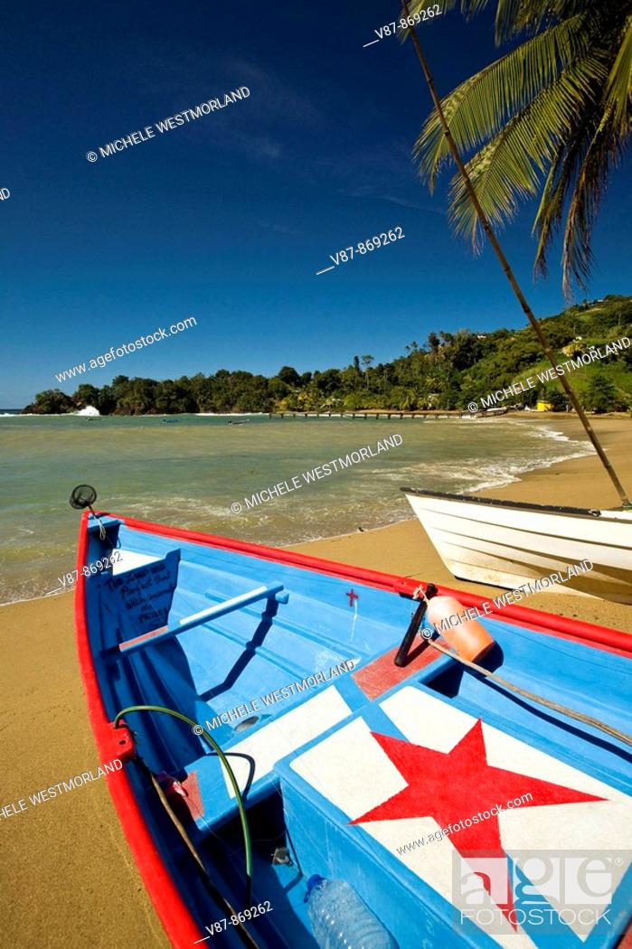Stock Photo: Charming fishing village of Pariatuvier on the Caribbean side of Tobago NR.