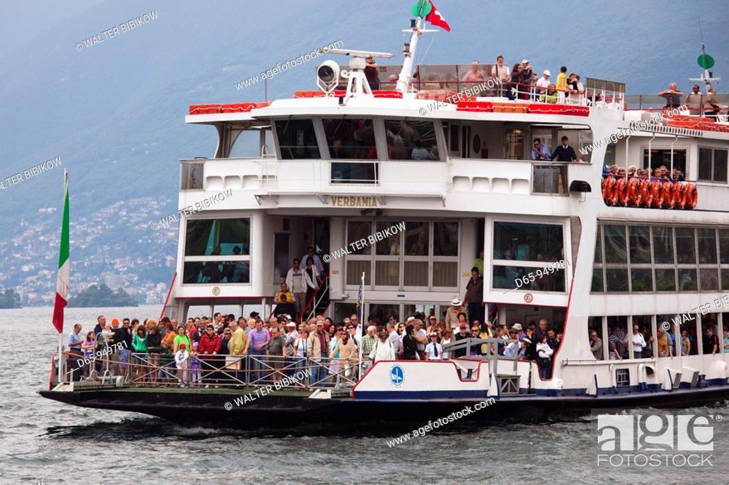 Stock Photo: Switzerland, Ticino, Lake Maggiore, Ascona, lake ferry.