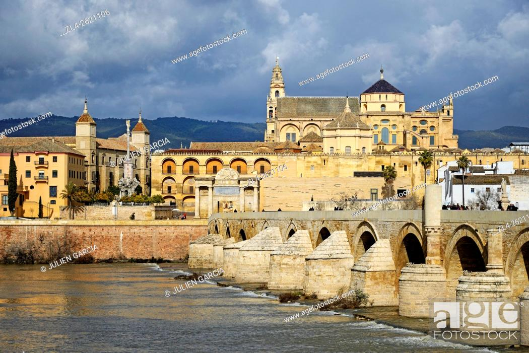 Stock Photo: Spain, Andalusia (Andalucia), Cordoba, historic centre listed as World Heritage by UNESCO, the Roman bridge over Guadalquivir river and the Mosque Cathedral.