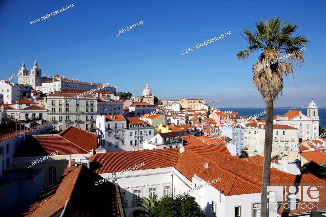 Stock Photo: Portugal, Lisbon / Portugal, Lisbonne, .