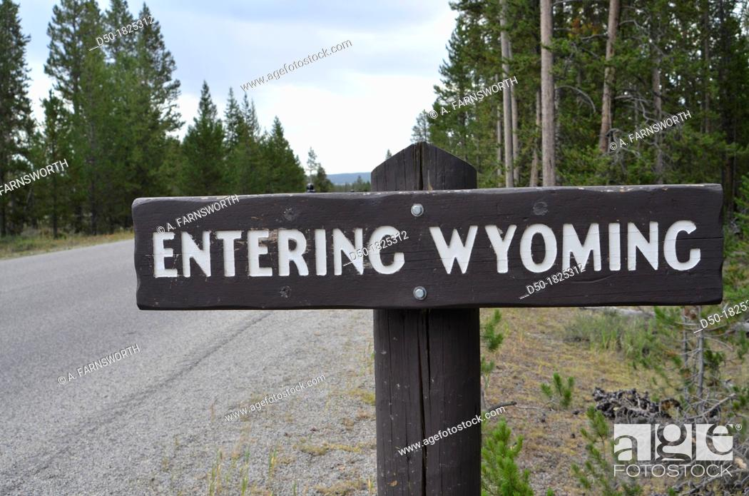 Stock Photo: WYOMING USA Sign in Yellowstone National Park.