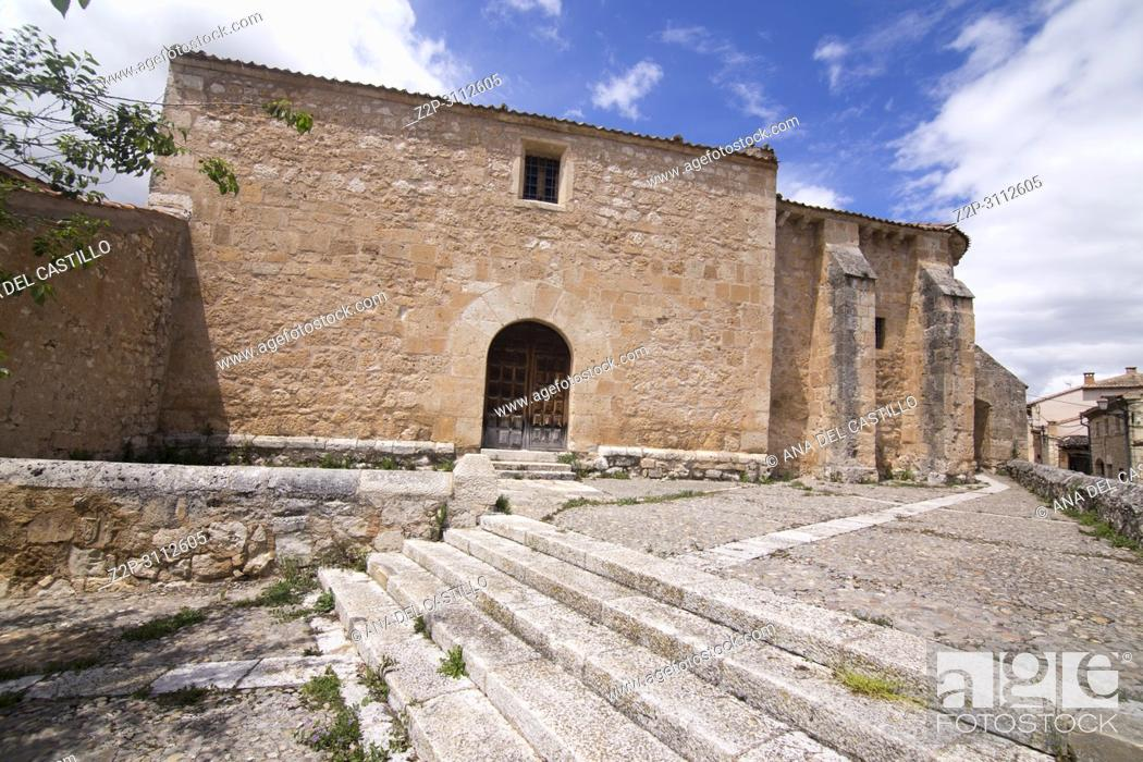 Imagen: Maderuelo is an ancient village in Segovia province Castile Leon Spain. St Miguel church.