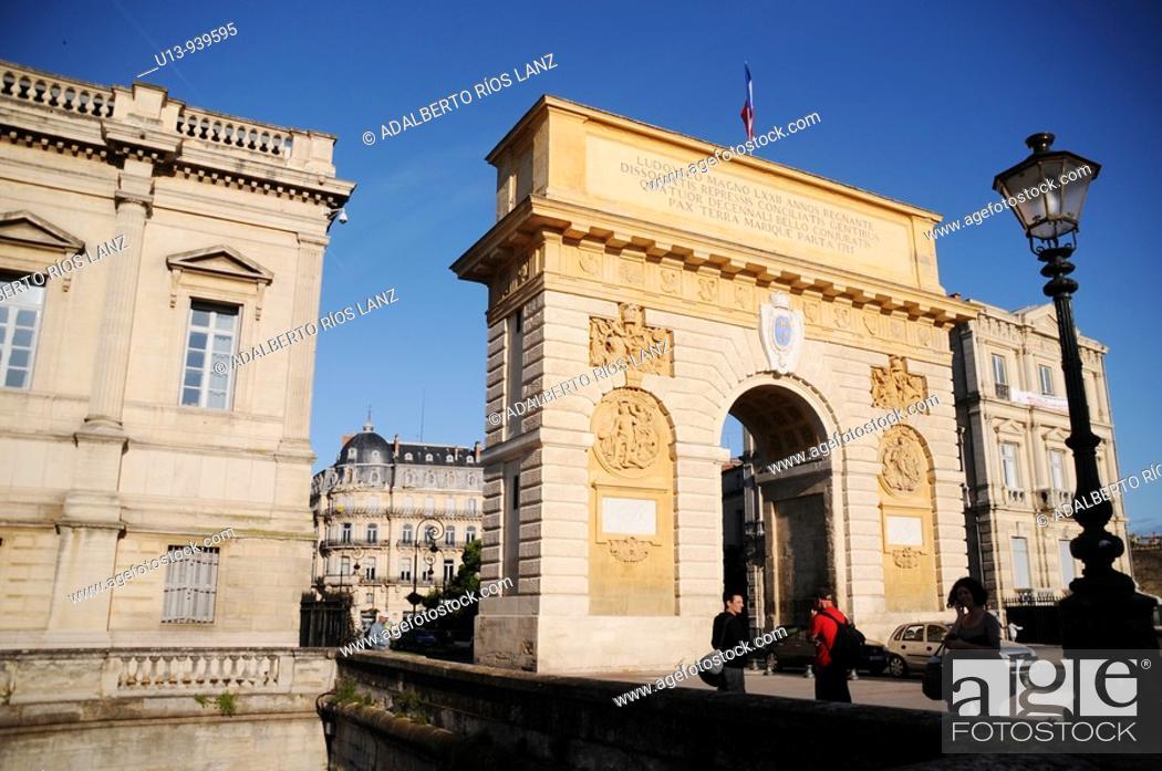 Stock Photo: Porte du Peyrou triumphal arch, Montpellier, France.
