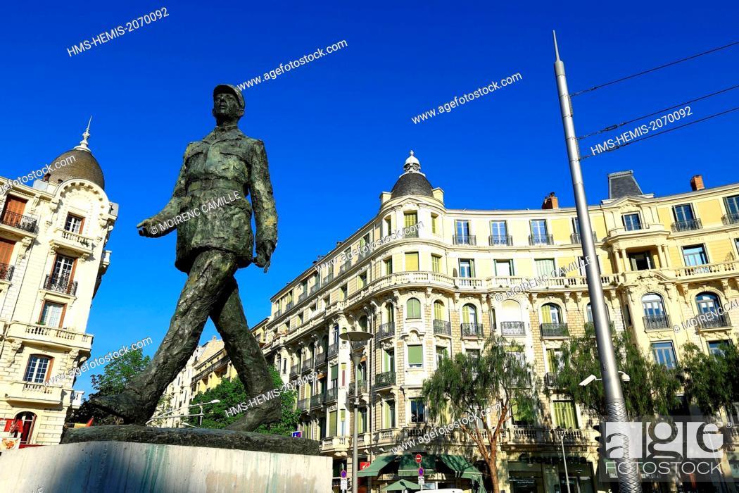Stock Photo: France, Alpes Maritimes, Nice, Liberation district, Place General de Gaulle.