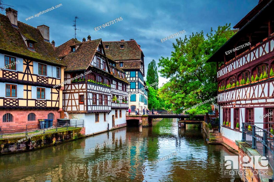 Stock Photo: Traditional half-timbered houses in La Petite France, Strasbourg, Alsace, France.