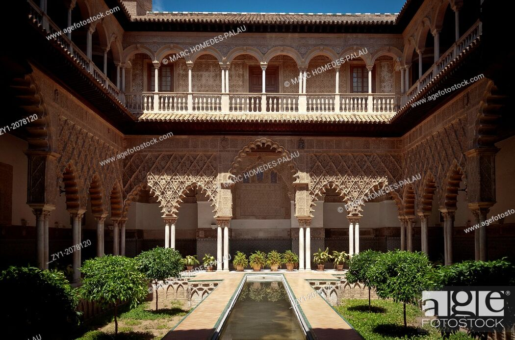 Stock Photo: Alcazar of Seville: cloister of The Courtyard of the Maidens (Patio de las Doncellas).
