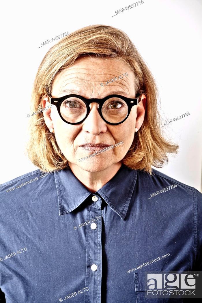 economico per lo sconto 82131 09b9b donna con occhiali da vista, Stock Photo, Picture And Rights ...