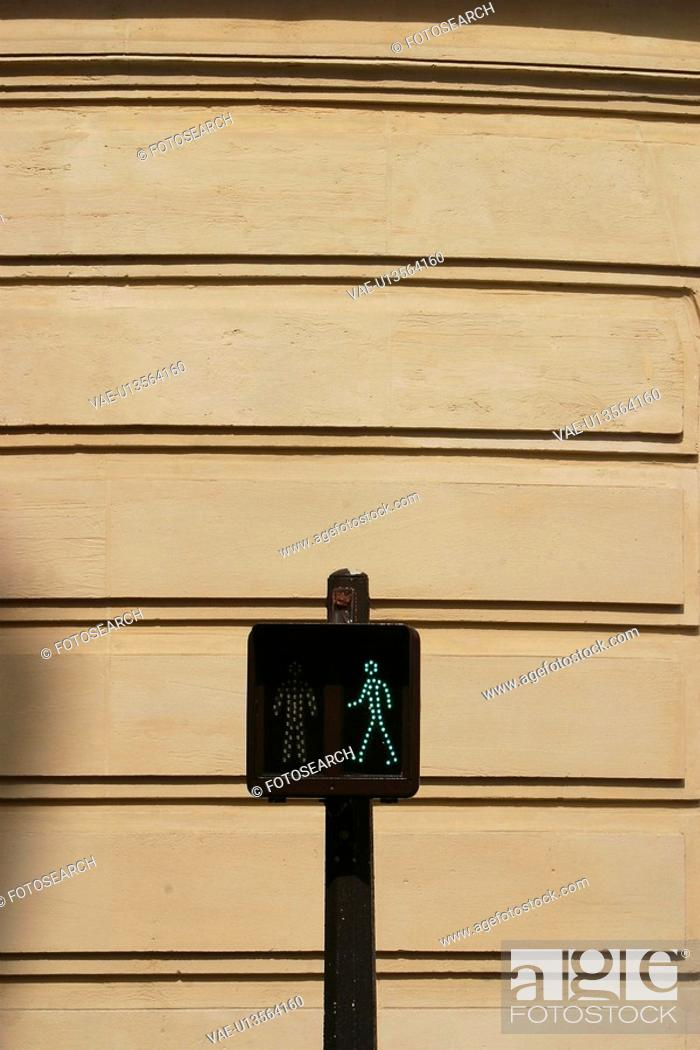 Stock Photo: traffic, signal, guide, pole, figure, red.