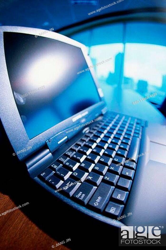 Imagen: Close-up of a laptop.