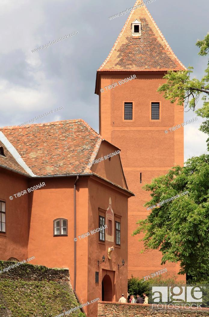 Stock Photo: Hungary, Koýszeg, Koszeg, Jurisics Castle.