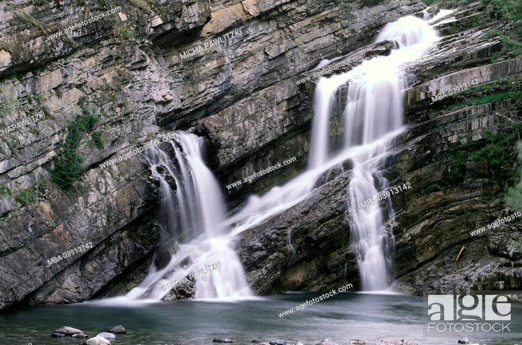Stock Photo: Rock wall, waterfall, detail,.