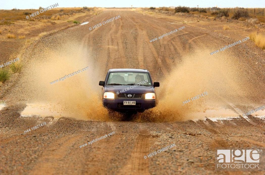 Imagen: 4x4 Vehicle, Car, Dirt Road, Peninsula Valdes, Puerto Madryn, Patagonia, Argentina, South America,.