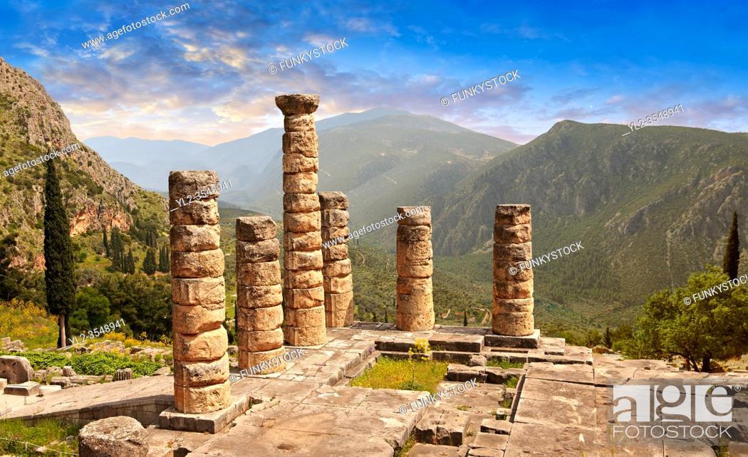 Stock Photo: Doric coloums of Delphi Temple of Apollo. and ruins of Delphi archaeological site, Delphi, Greece.