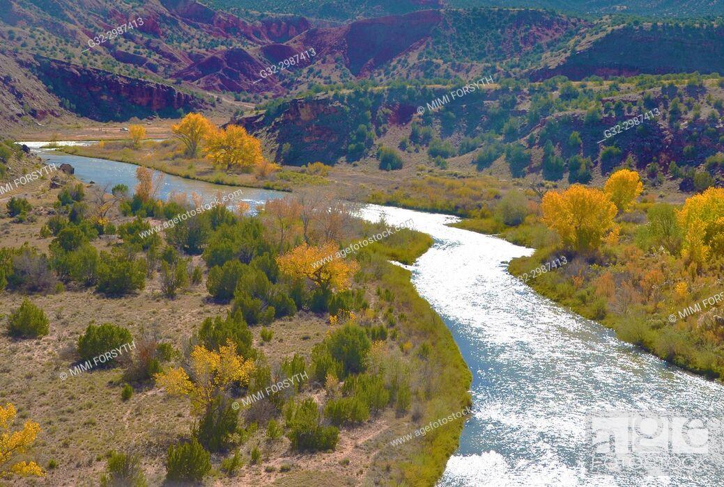 Imagen: Rio Chama, New Mexico, Autumn.