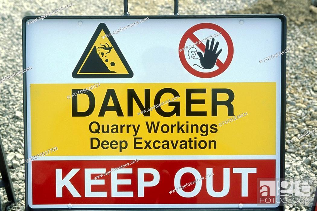 Stock Photo: warning sign.