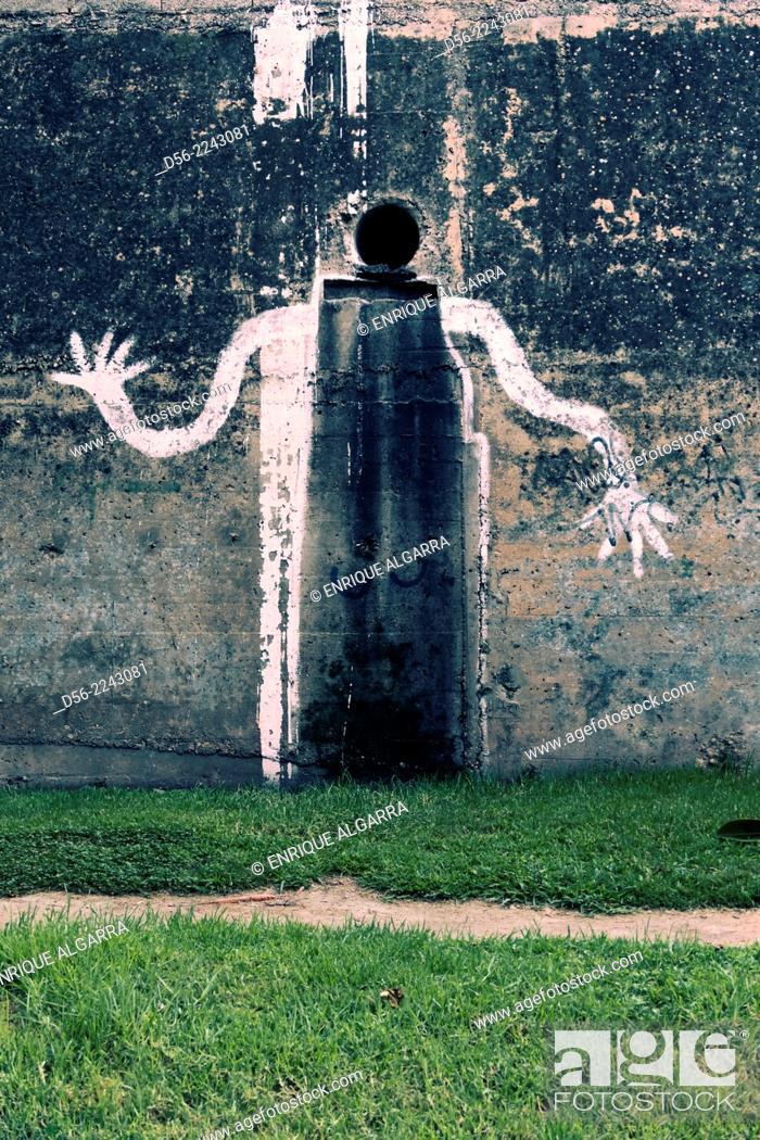 Stock Photo: Graffity, Old river bed Turia, Valencia, Spain.