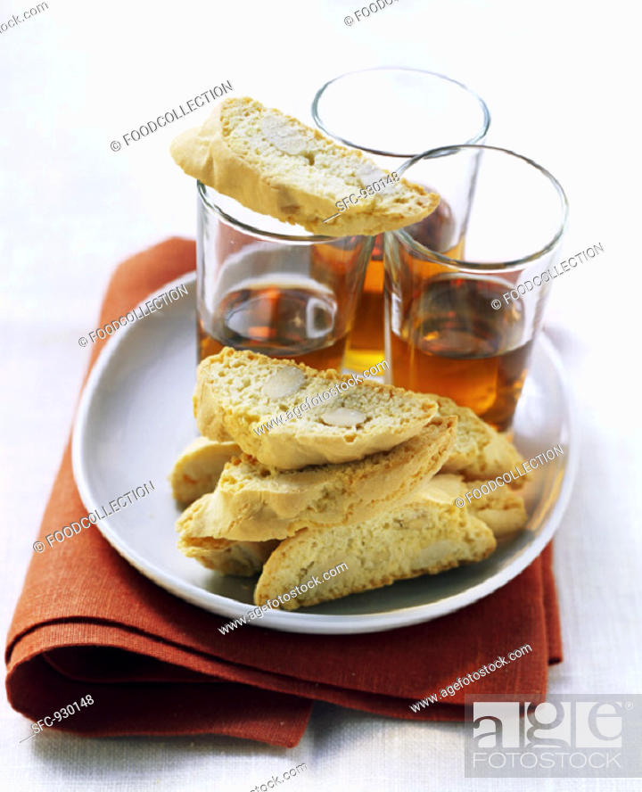 Stock Photo: Biscotti di Prato with vin santo (almond biscuits, Italy).