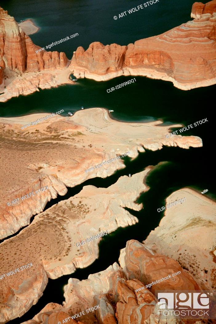 Stock Photo: Lake Powell, Glen Canyon National Recreation Area, Utah.