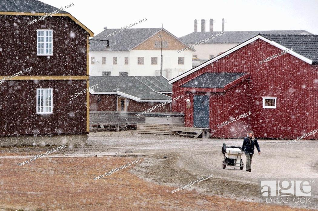 Stock Photo: Ny Alesund. Spitsbergen island, Svalbard archipelago, Arctic Ocean, Norway.