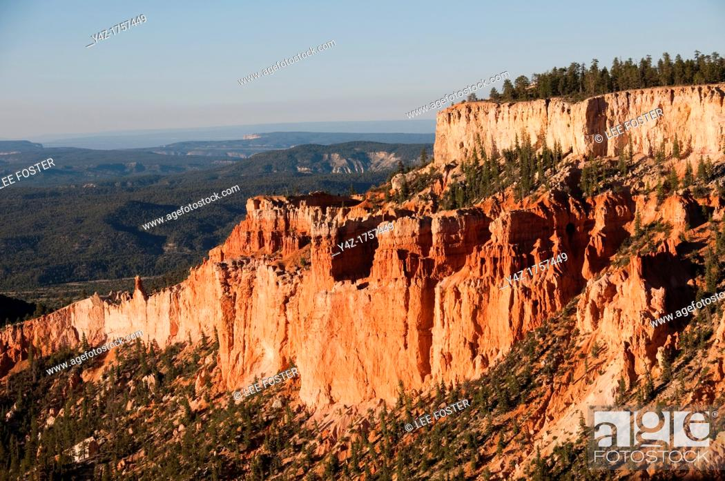 Stock Photo: USA, Utah, dawn light on landscape at Paria Point in Bryce Canyon National Park.