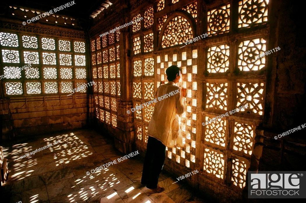 Stock Photo: Sarkhej mausoleum south from Ahmedabad, Gujarat, India.