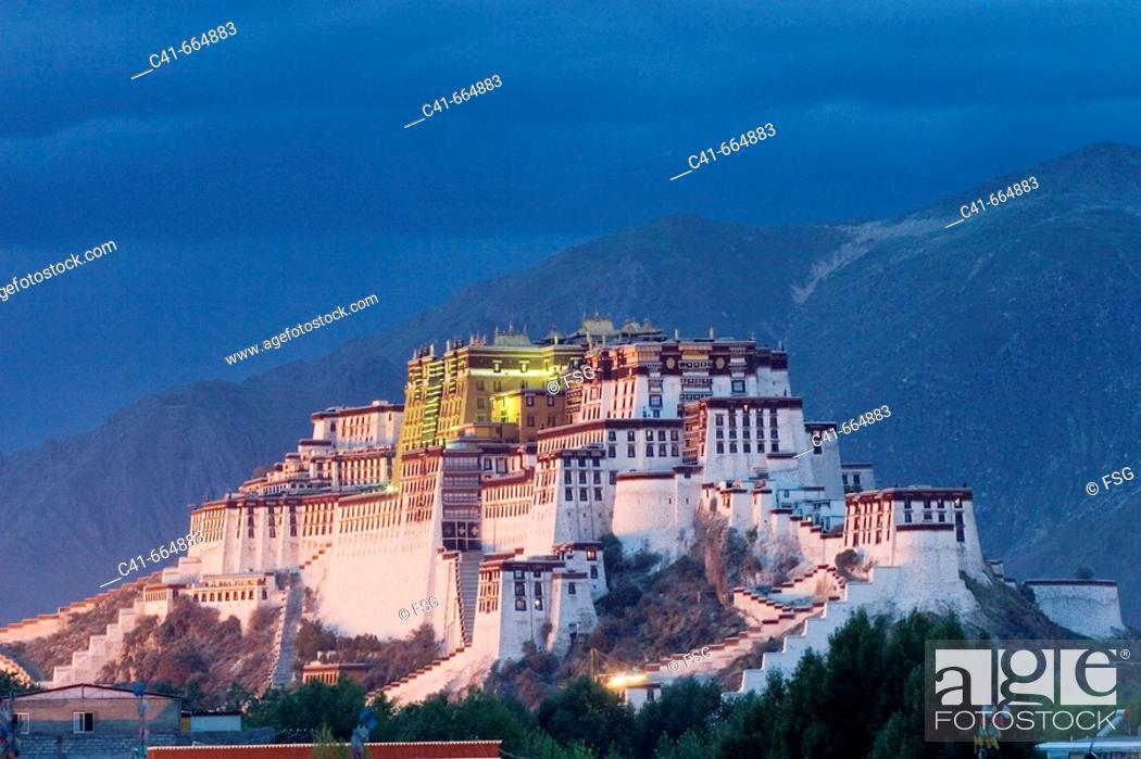 Imagen: Potala Palace in Lhasa. Tibet, China.