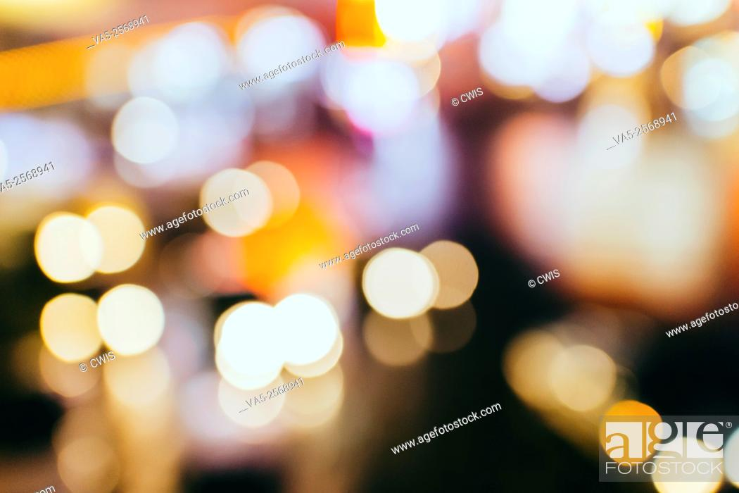 Imagen: Beautiful bokeh photography of street light.