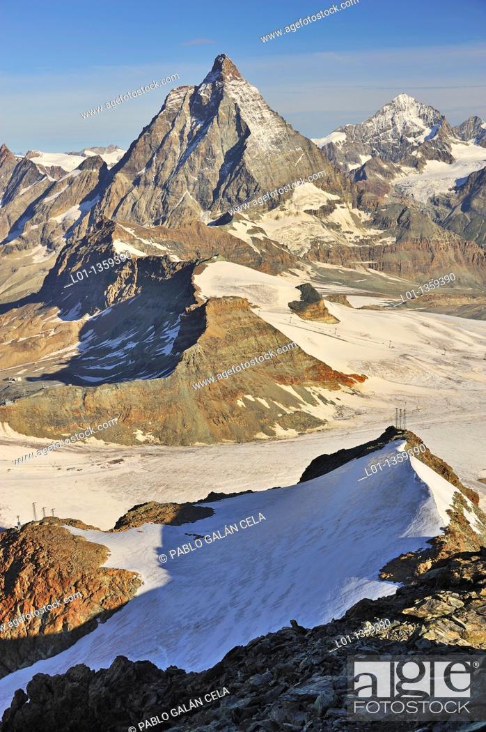 Stock Photo: Monte Cervino Matterhorne Alpes, región de Zermatt, Suiza.