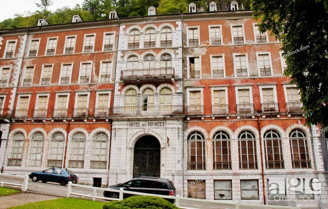 Stock Photo: Hotel des Princes, Eaux-Bonnes, France.