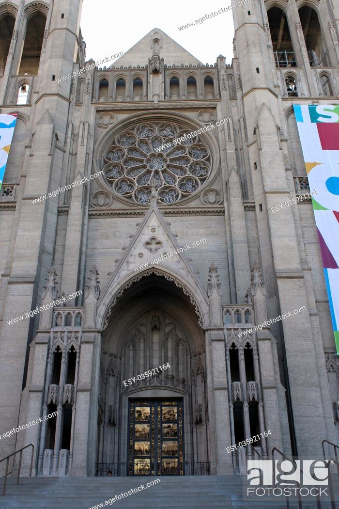 Stock Photo: The front entrance of Grace Cathedral Church in Nob Hill, San Francisco, California, USA.