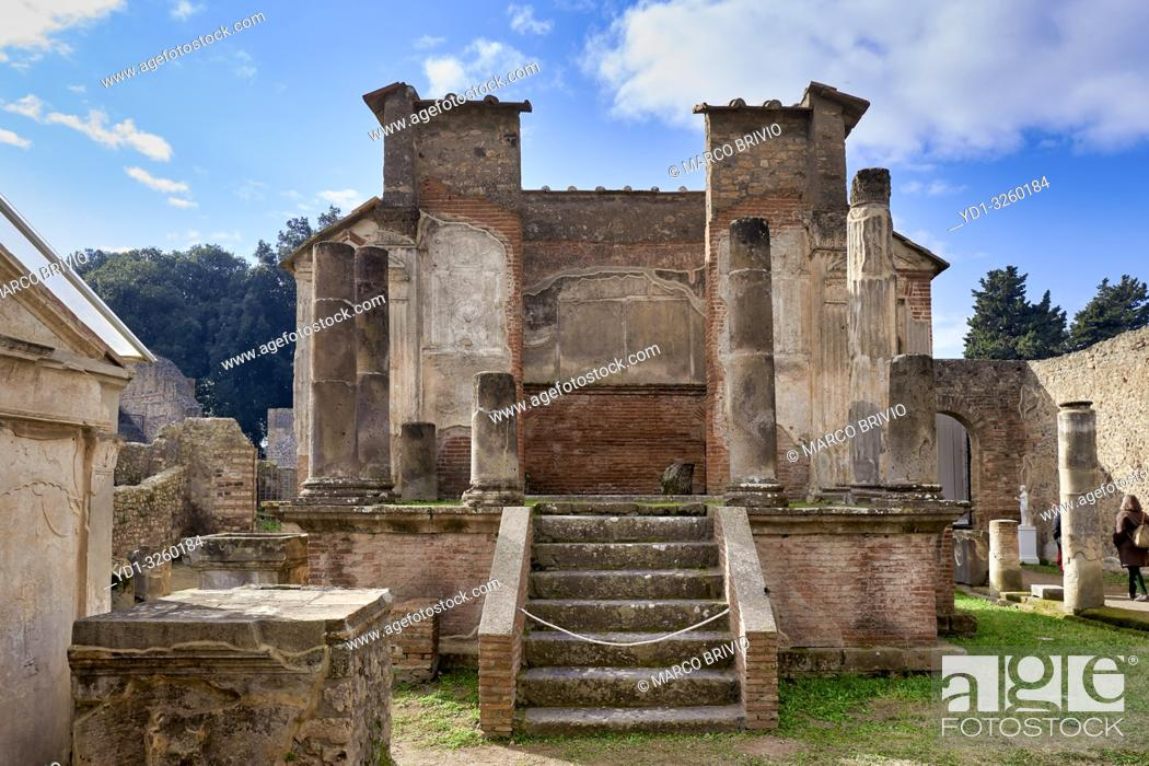 Imagen: Naples Campania Italy. Pompeiiwas an ancientRomancity near modernNaplesin theCampaniaregion ofItaly, in the territory of thecomuneofPompei.