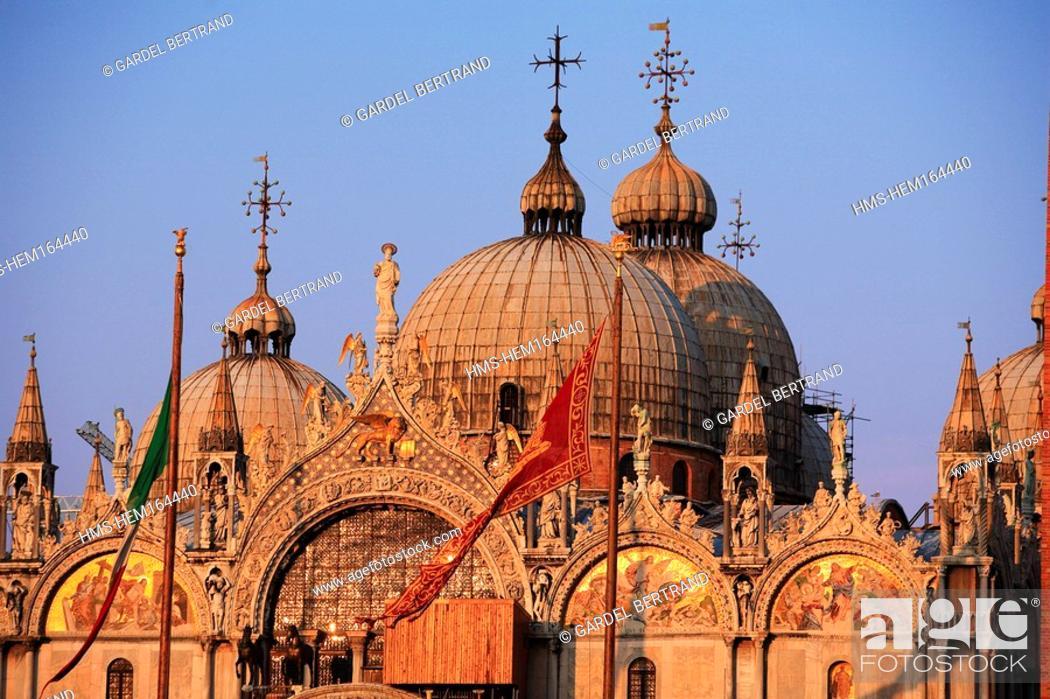 Stock Photo: Italy, Veneto, Venice, San Marco basilica.