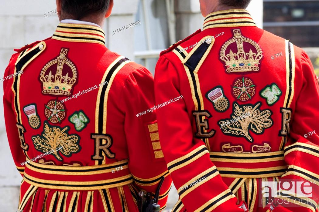 Stock Photo: UK, United Kingdom, Great Britain, Britain, England, London, Tower of London, Beefeater, Beefeaters, Yeoman Warder, Yeoman Warders, Tourism, Travel, Holiday.