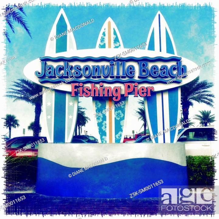 Photo de stock: Jacksonville Beach Fishing Pier sign, Jacksonville Beach, Florida, USA.