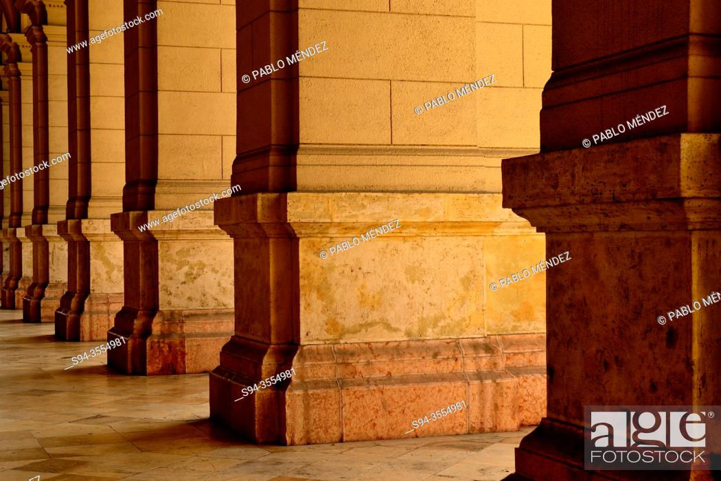 Stock Photo: Arcade in the Ethnographic museum. Kossuth Lajos ter square, Budapest, Hungary.