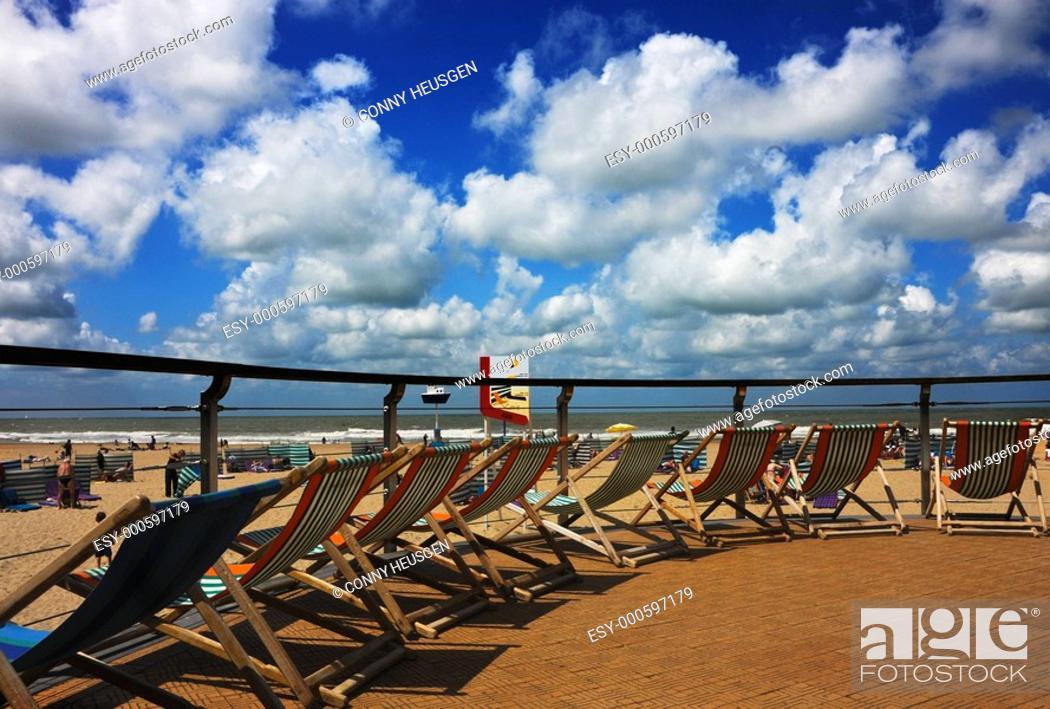 Stock Photo: Strandstühle in Ostende.