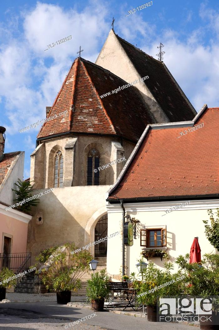Stock Photo: Gothic church in the main square, Rust  Hungarian: Ruszt  on the Neusiedler See, Burgenland, Austria.